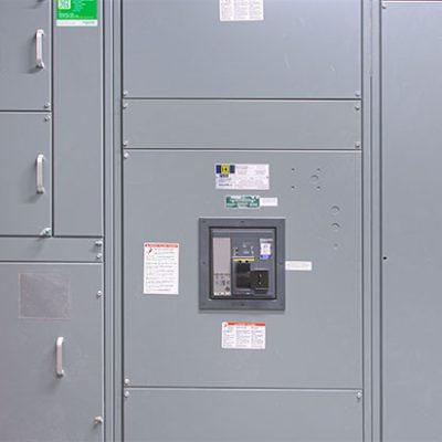 Commercial circuit breakers